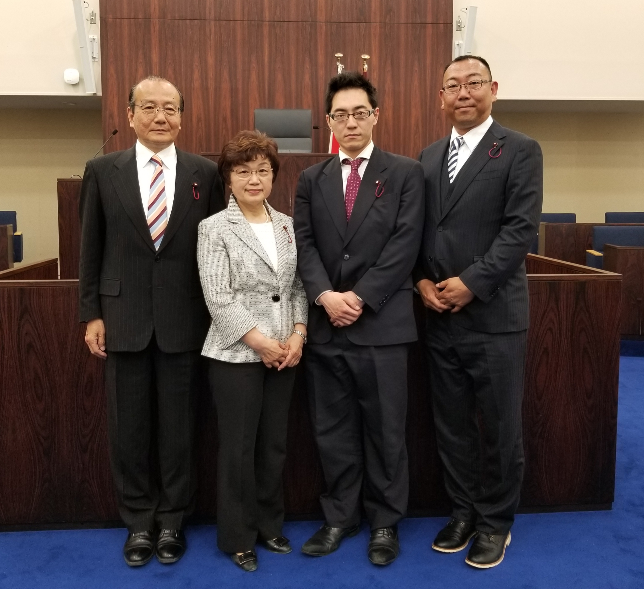 新しい共産党台東区議団が初めて議会に