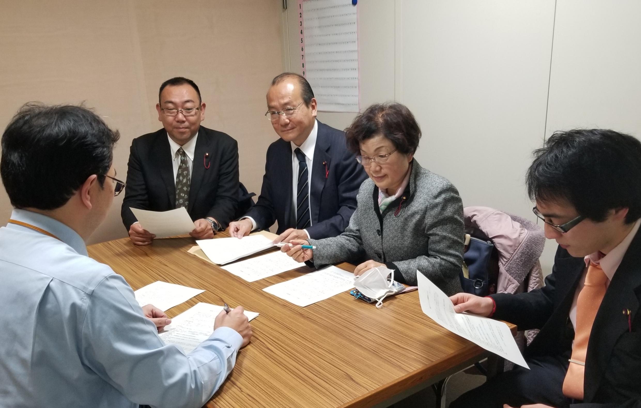 新型コロナウイルス対策で台東区長に要望。