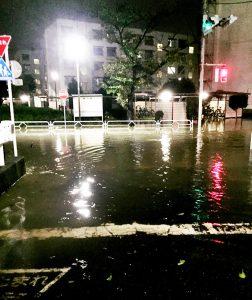 床下浸水、車いすで動けず不安だった